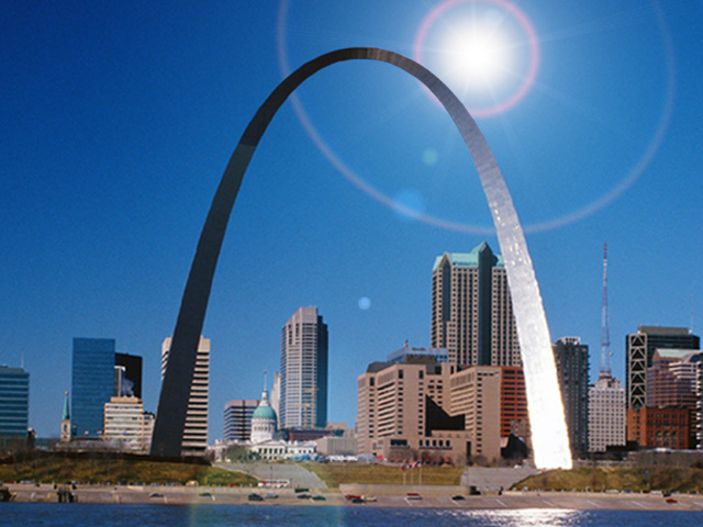 Praxair_StLouis_arch_and_sun_